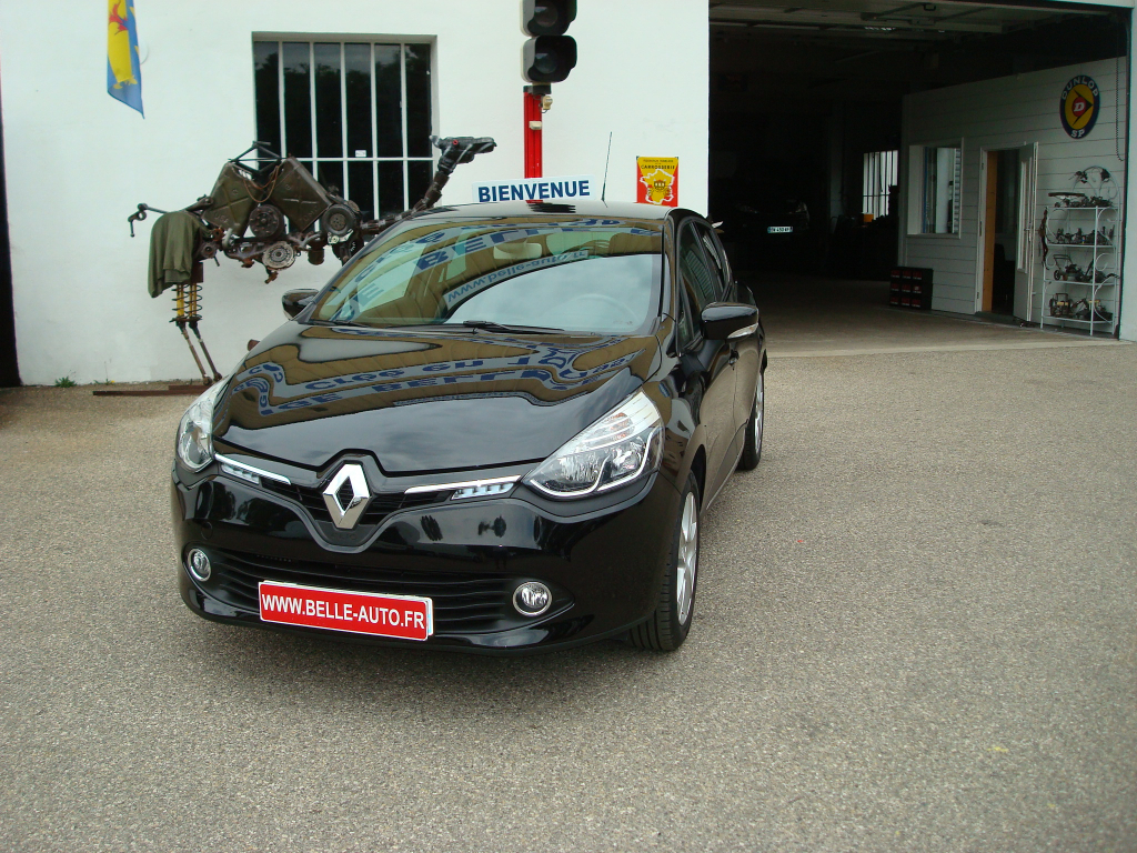 voiture renault clio iv tce 90 cv intens occasion. Black Bedroom Furniture Sets. Home Design Ideas